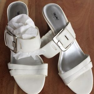 """White 3 1/2"""" heels by Mossimo"""